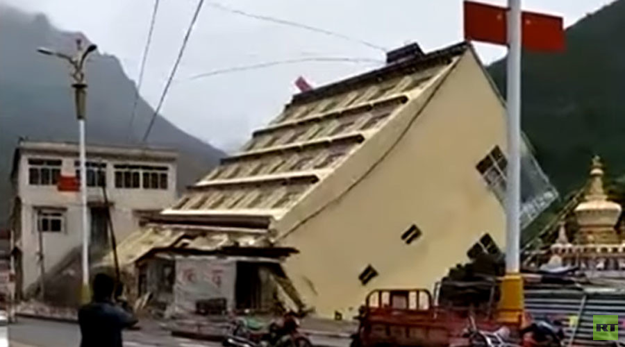 WATCH: 5-story building washed into river by downpour in Tibet (VIDEO)