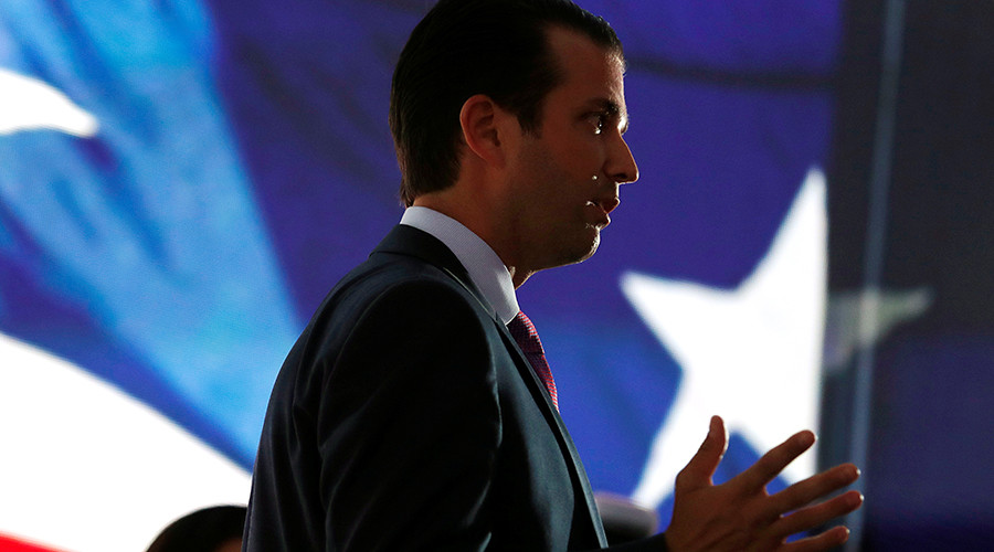 Senate intel panel seeks to question Donald Trump, Jr. over meeting with Russian lawyer