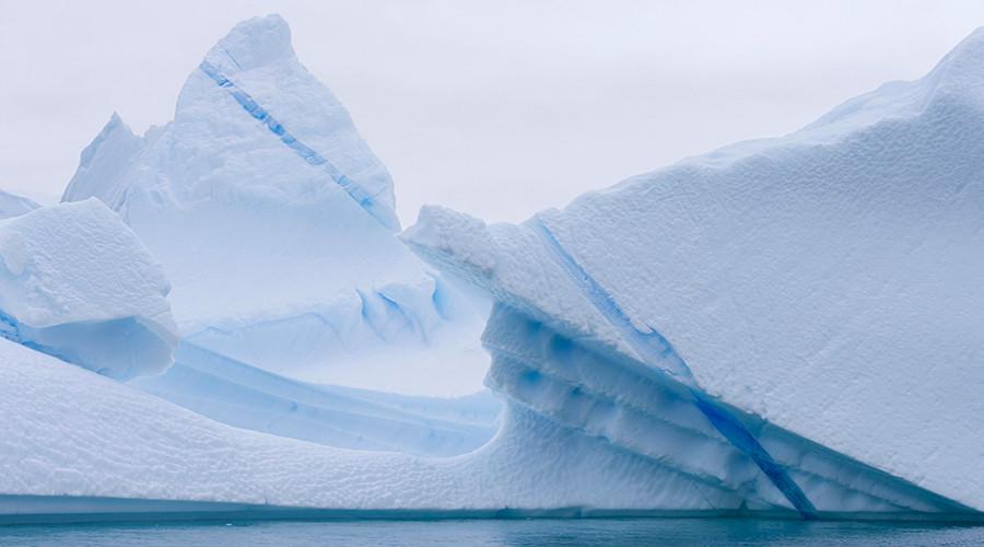 1 trillion ton iceberg breaks free from Antarctica (PHOTOS, VIDEOS)