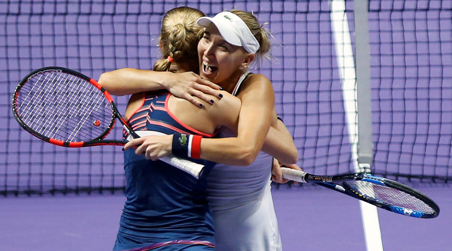 Russians Makarova and Vesnina proceed to Wimbledon doubles final