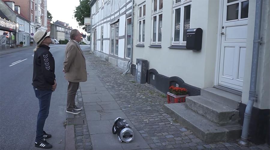 Danish anti-Islamization group plays Muslim 'prayer call' to wake up city mayor (VIDEO)