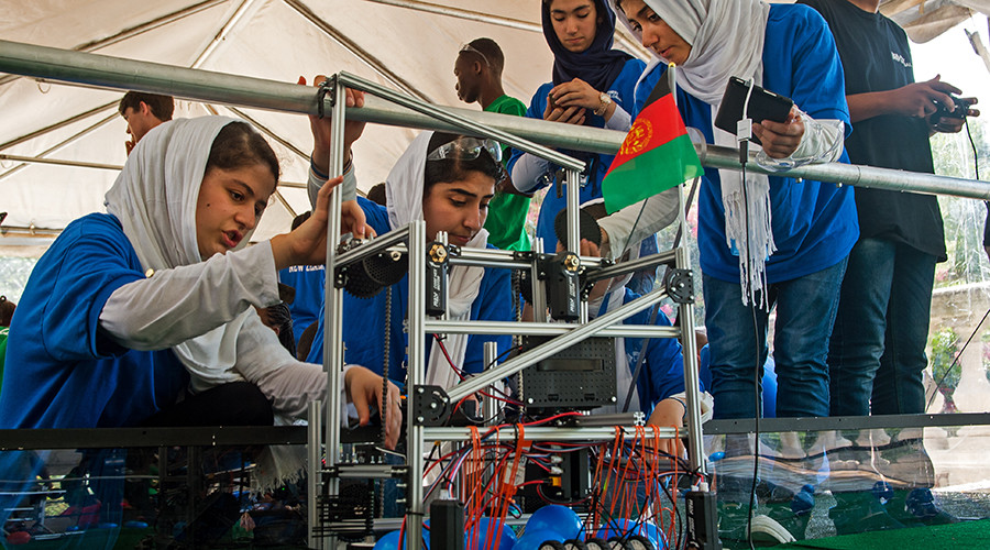 Shaheen hosts Afghan all-girls robotics team