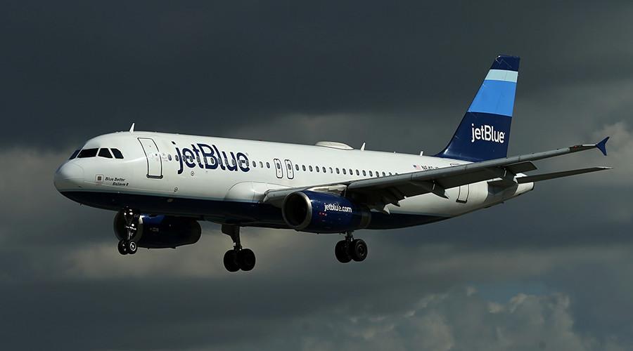 New York family of 5 kicked off JetBlue flight (VIDEOS)