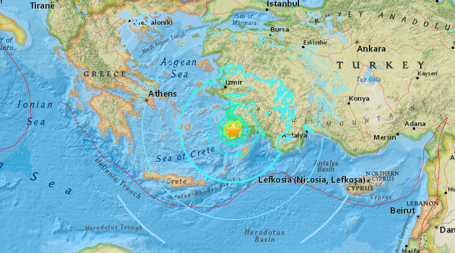 Strong quake rocks Greece and Turkey, kills 2