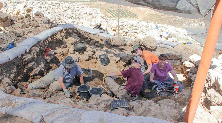Experts dig for Biblical tabernacle that 'held Ark of the Covenant'