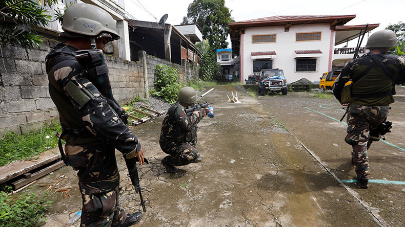 Philippines mayor on Duterte's 'drug list,' 14 others killed in overnight raids