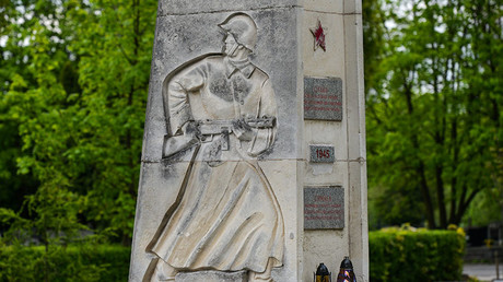 A view of a memorial to soldiers of the Soviet army fell in the battle for the liberation of Krakow. ©Global Look Press