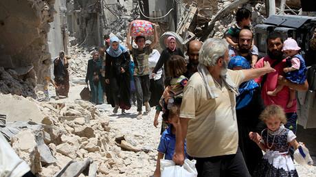 FILE PHOTO: Displaced Iraqi civilians  in the Old City of Mosul @ Alaa Al-Marjani