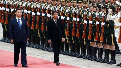 President of the Philippines Rodrigo Duterte and Chinese President Xi Jinping © Thomas Peter