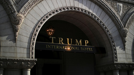 The entrance of Trump International Hotel © Carlos Barria