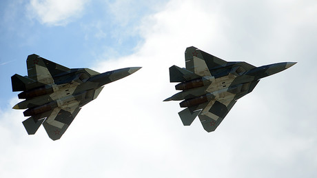 Russia's Sukhoi T-50 fighter proves 'no physical limits exist for pilots' (VIDEOS)