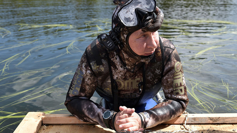 tyva brief Russian president vladimir putin earlier this week enjoyed a nature-filled  vacation that included hiking, fishing and diving, photos show.