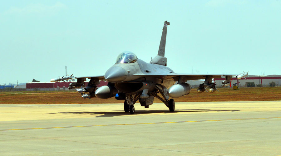 US to boost S. Korea presence with 12 extra F-16 jets, 200 troops