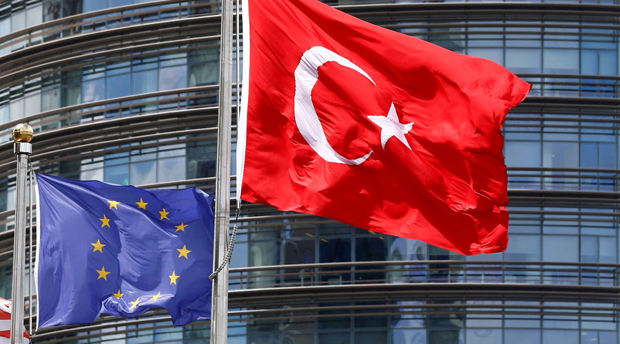 Germany wants EU commission to suspend Turkey trade talks – report