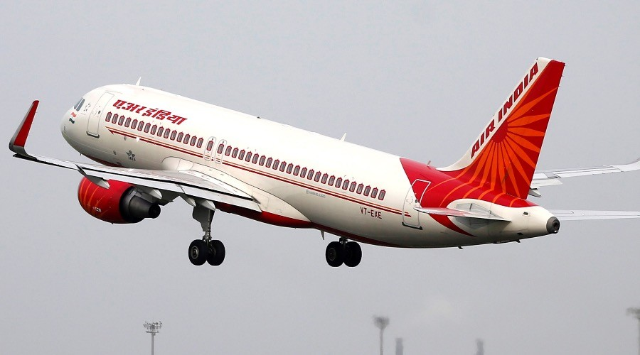 Indian navy officer detained for causing hoax bomb scare on flight