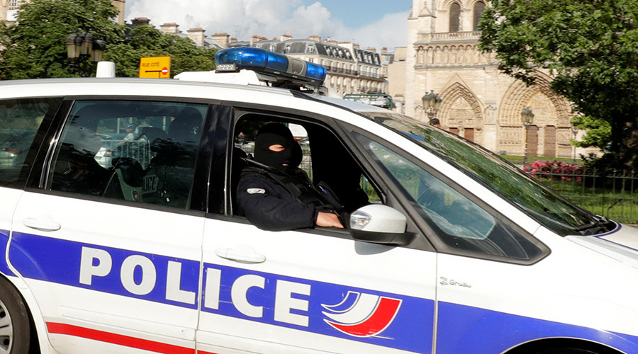 One dead after vehicle runs into bus stops in Marseille