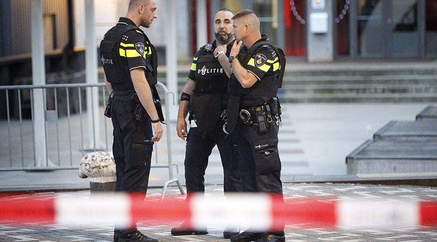 Terror alert in Rotterdam, mayor cancels concert after Spanish tip-off