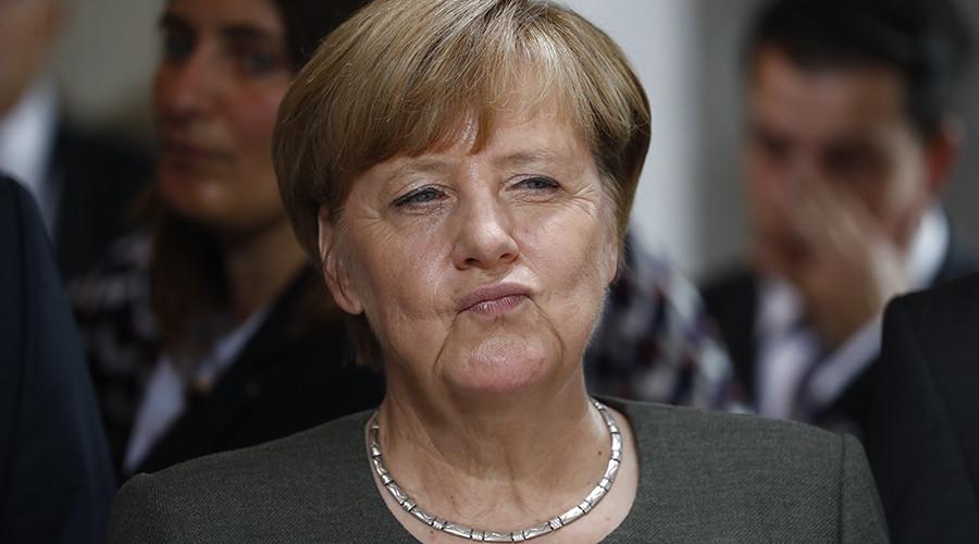 Dunkirk 2.0: Merkel slaps UK with hefty Brexit bill in another effort to break the Brits