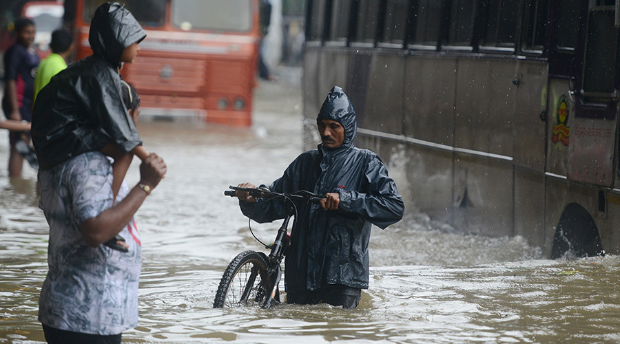 Monsoons kill 1,200, displace millions in India, Nepal & Bangladesh (PHOTOS & VIDEOS)