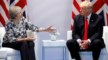 Britain's Prime Minister Theresa May talks with US President Donald Trump © Carlos Barria