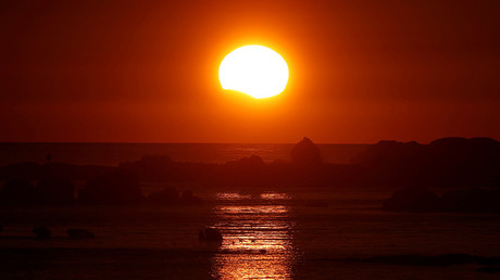 2017 Solar eclipse: Best social media pictures & videos