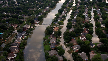 Houses are seen partially submerged in flood waters caused by Tropical Storm Harvey in Northwest Houston, Texas, U.S. August 30, 2017 © Adrees Latif
