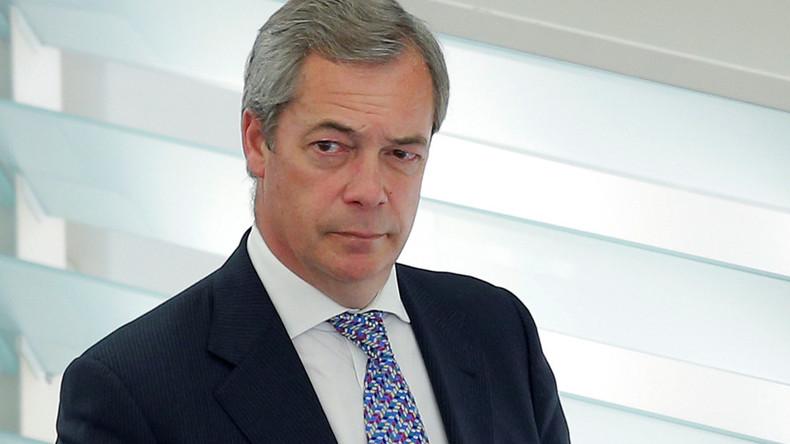Nigel Farage sends warning to Theresa May at anti ...