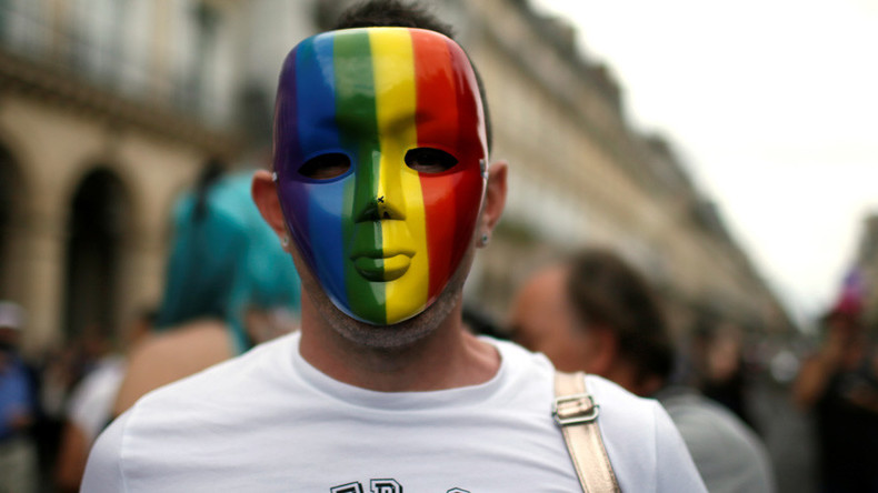 AI can tell if you're gay or straight just by your face – study