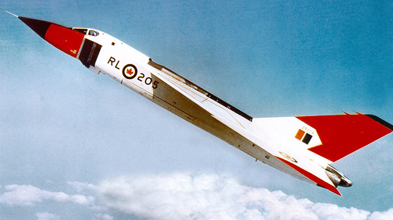 Group finds & films experimental Canadian fighter jet model at bottom of Lake Ontario
