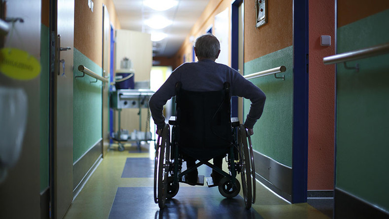 Death count hits 10 at Florida nursing home, as state suspends license