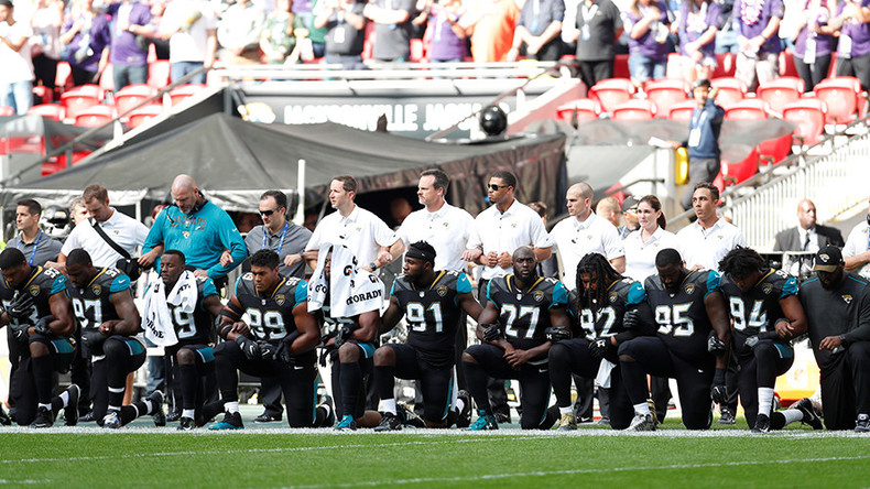 Wave of anthem protests across NFL as Trump clashes with players & owners (VIDEOS, PHOTOS)