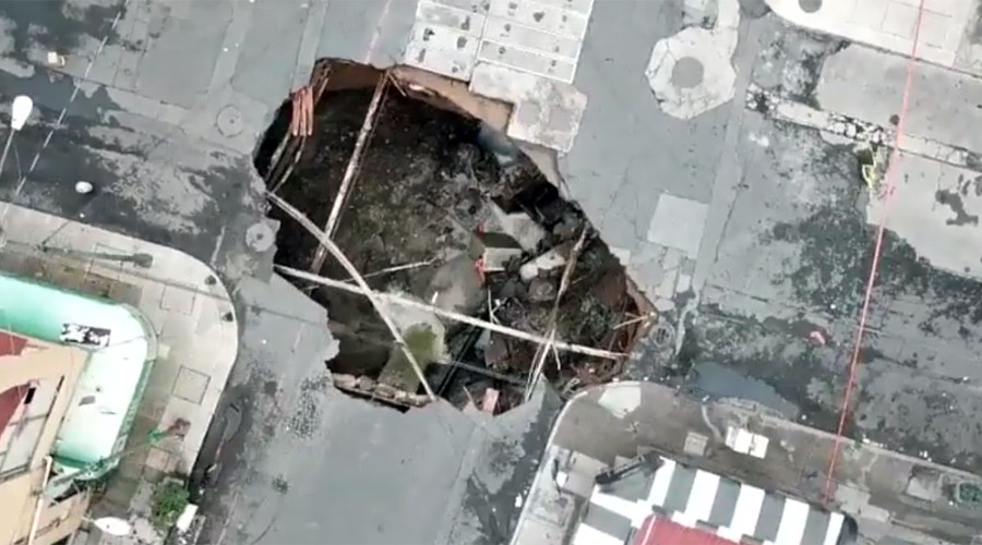 Moment of powerful sinkhole implosion caught on camera (VIDEO)