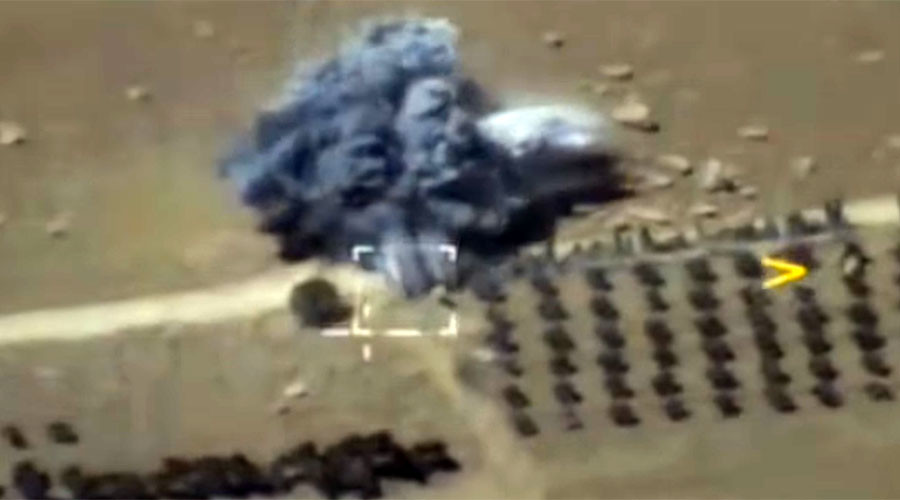 Russian fighters bomb ISIL hardware near Syria's Deir Ezzor