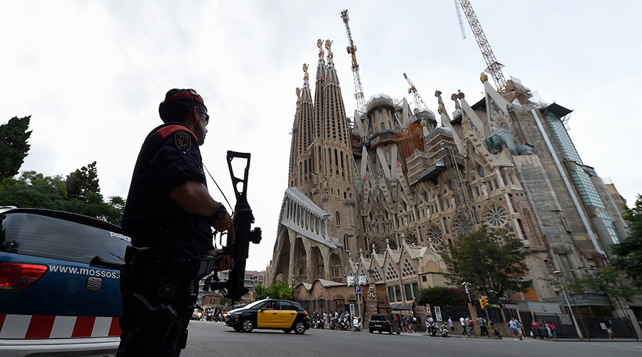 Catalan police evacuate Barcelona's Sagrada Familia church in anti-terror op