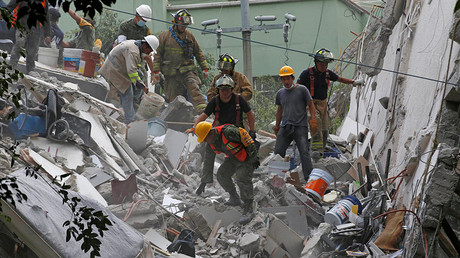 100s search for survivors after 7.1 magnitude earthquake in Mexico