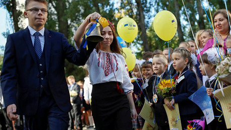 First graders attend a ceremony to mark the start of the school year in Kiev, Ukraine © Gleb Garanich