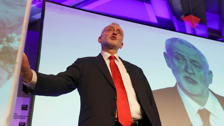 Jeremy Corbyn has been accused of ending party promises over EU © Simon Dawson