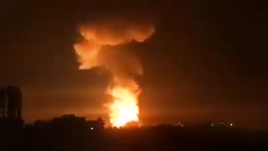 Syrian port city Latakia 'attacked by missiles from sea' – local media (VIDEOS)