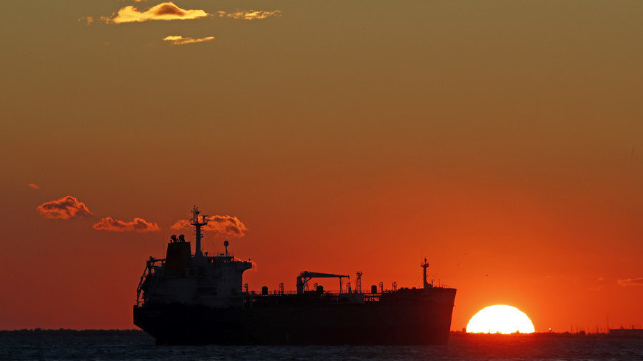 Huge Iranian oil armada heads to China before US sanctions kick in thumbnail
