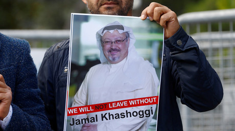 A demonstrator holds up a poster of missing dissident journalist Jamal Khashoggi outside Saudi Arabia's consulate in Istanbul © Osman Orsal/Reuters