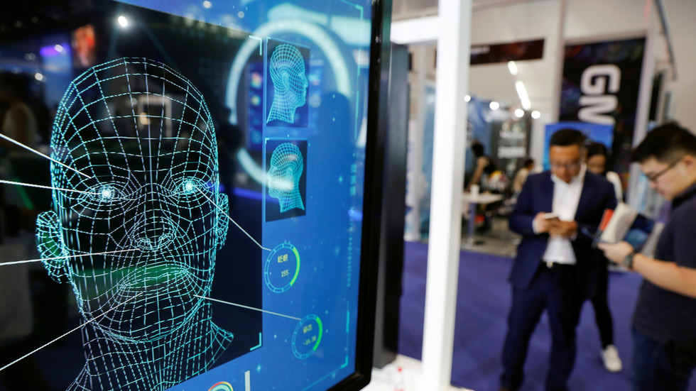 Android phone facial recognition security 'tricked by 3D printed head'