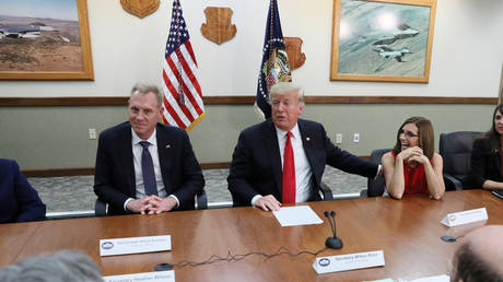 Deputy Defense Secretary Patrick Shanahan (left) and US President Donald Trump, October 2018