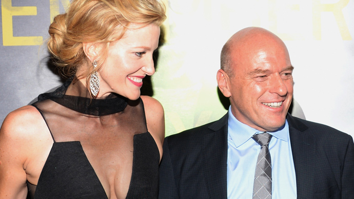 Breaking Bad: Anna Gunn and Dean Norris