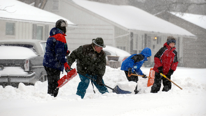 New England braces for major snowstorm while Midwest tries to dig out