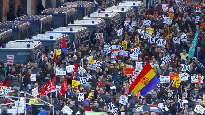 Public workers, small political parties and non-profit organisations stage a protest against government austerity on February 23, 2013 in Madrid. (AFP Photo / Borja Sanchez-Trillo)