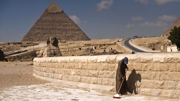 'Cry dear Sphinx': Egypt's finance ministry proposes renting out pyramids
