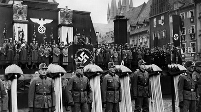 A Nazi high rank official giving a speech during a nazi parade (AFP Photo / France Presse Voir)