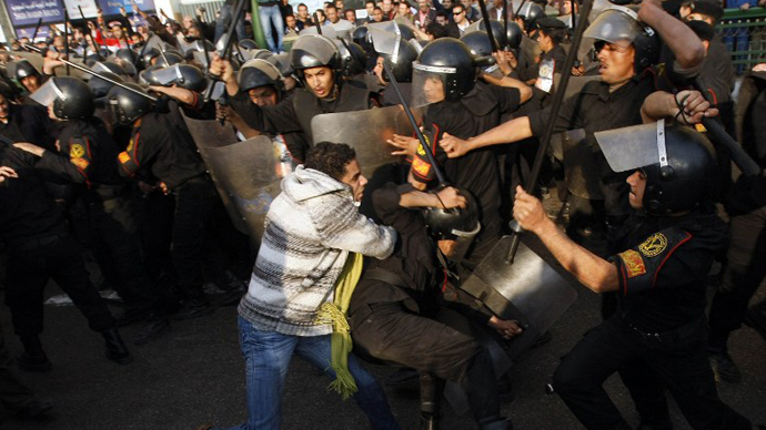 Police behind nearly 900 deaths in Egyptian revolution - inquiry