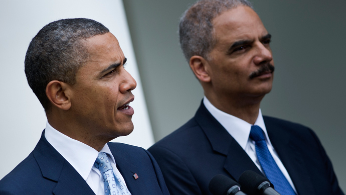 US Attorney General Eric H. Holder Jr. (R) and US President Barack Obama (AFP Photo / Brendan Smialowski)