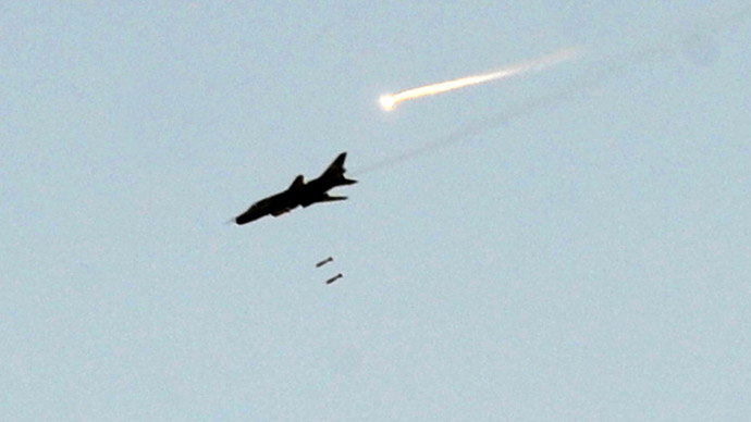 Syrian warplanes strike Lebanon border